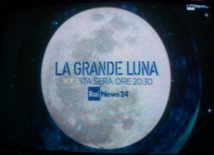 """Passaggio pubblicitario per lo speciale """"La grande Luna"""" di RaiNews 24 del 14 novembre."""