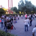 Non è ancora cominciata la manifestazione ma già molte persone cominciano ad aggirarsi tra i telescopi già montati.